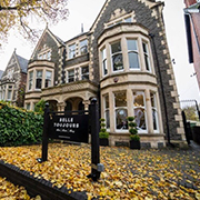 Our Cardiff skin clinic is based in the heart of the capital, in the very popular and centrally located Belle Toujours Salon